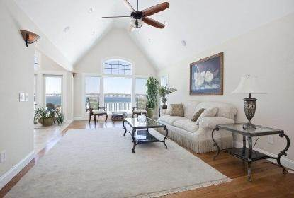 2. Single Family Home at Bayfront Beauty With Heated Pool Hampton Bays, NY 11946