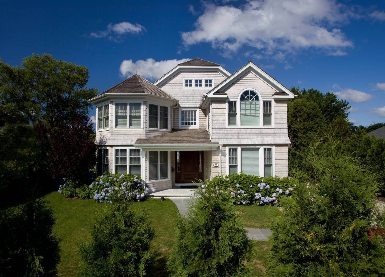Single Family Home at Stunning Village Traditional Southampton, NY 11968