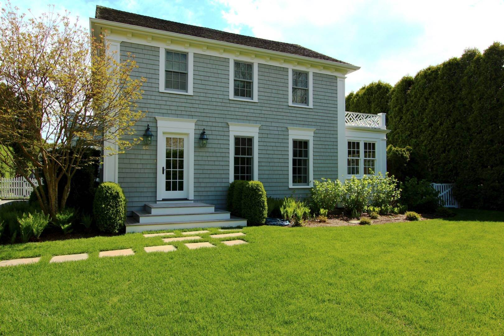 3. Single Family Home at A Village Classic Available Fall 2020 And Summer 2021 60 Old Town Crossing, Southampton, NY 11968