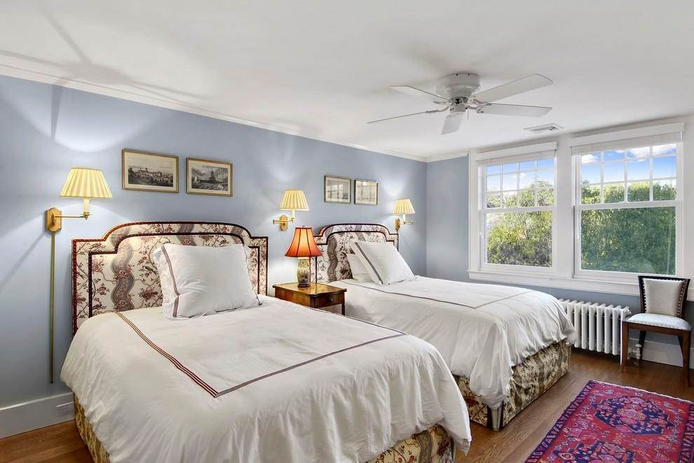 7. Single Family Home at New Village South Rental East Hampton, NY 11937