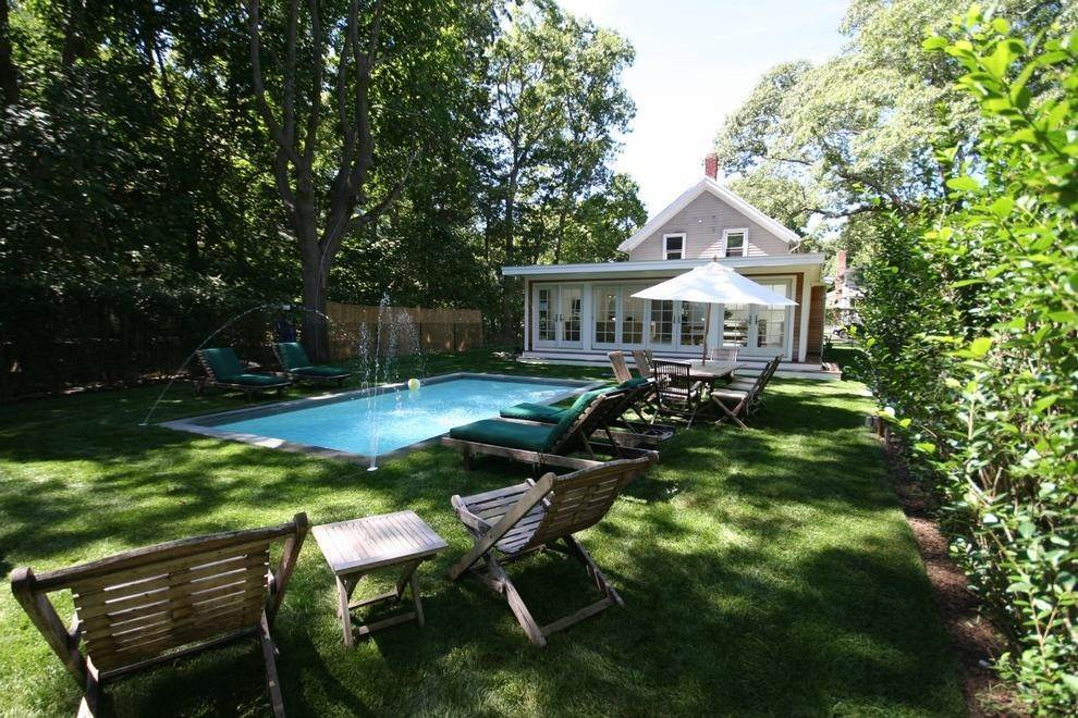 13. Single Family Home at Historic Home In Sag Harbor Village Sag Harbor, NY 11963