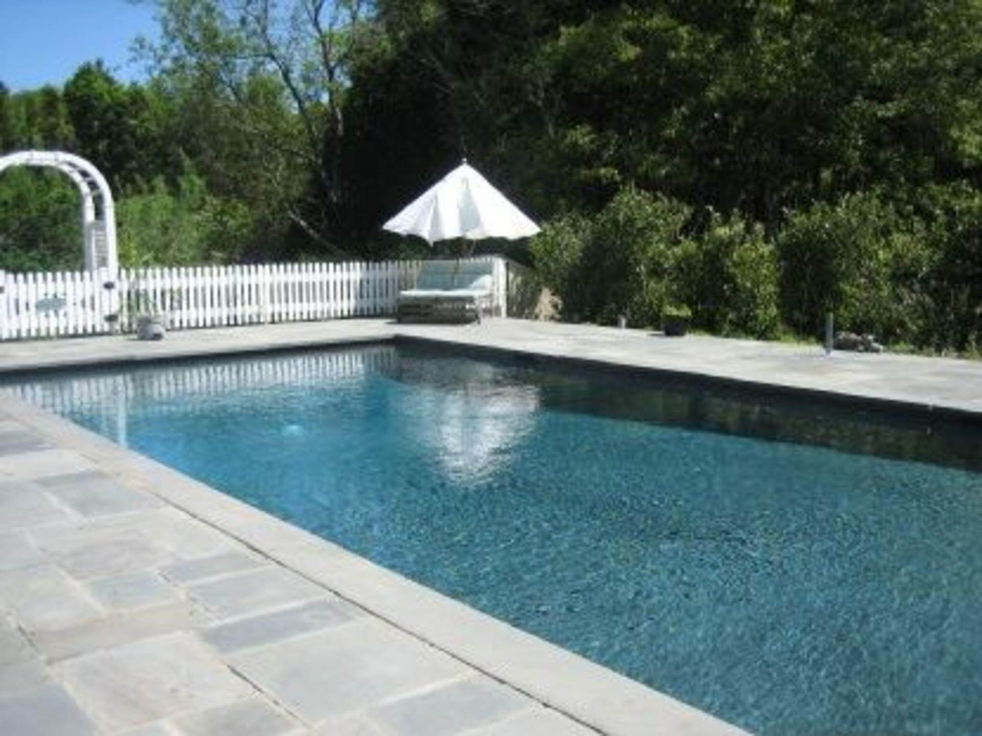 2. Single Family Home at Lovely Traditional With Deep Water Dock & Water Views Sag Harbor, NY 11963