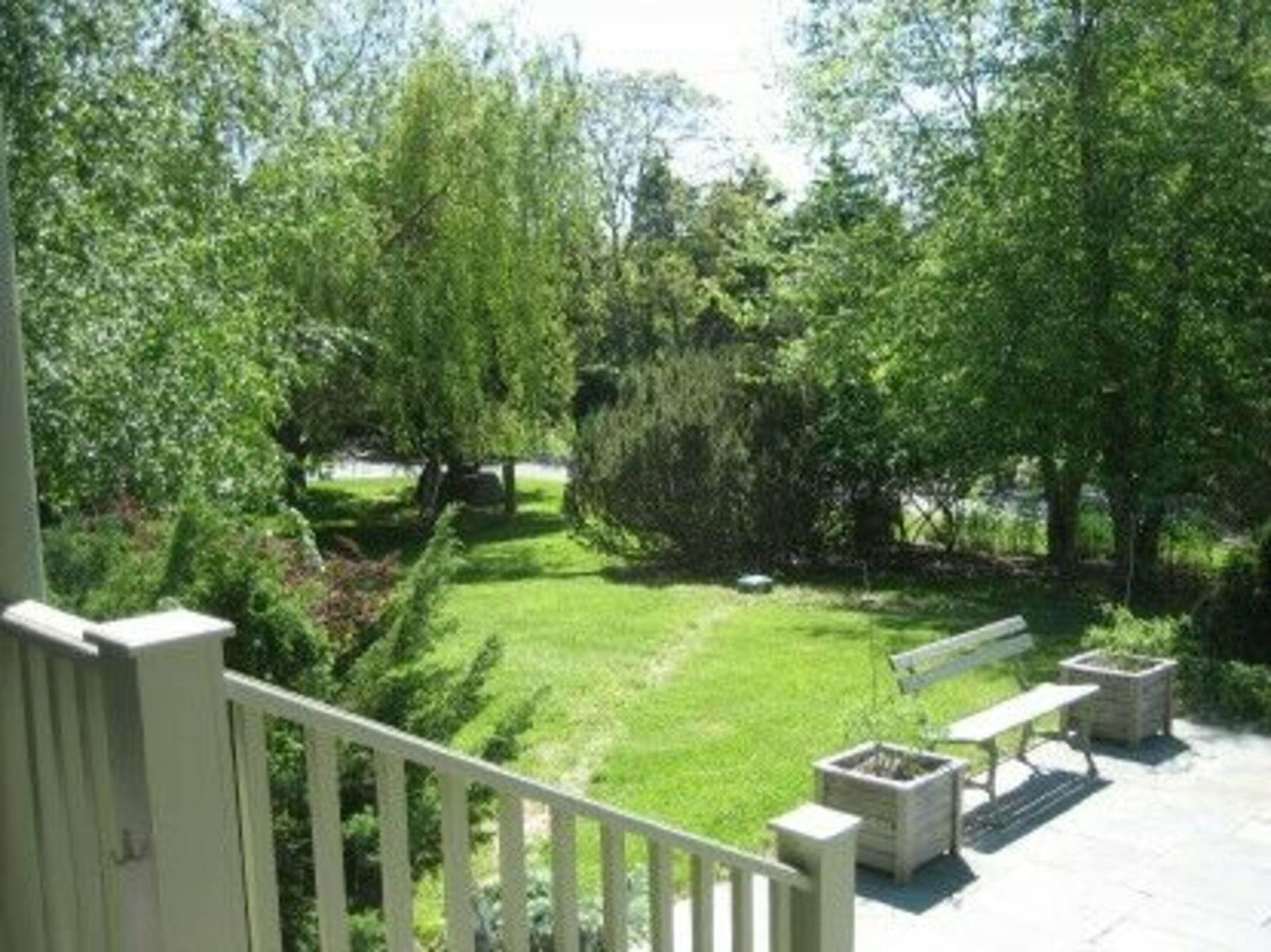 10. Single Family Home at Lovely Traditional With Deep Water Dock & Water Views Sag Harbor, NY 11963