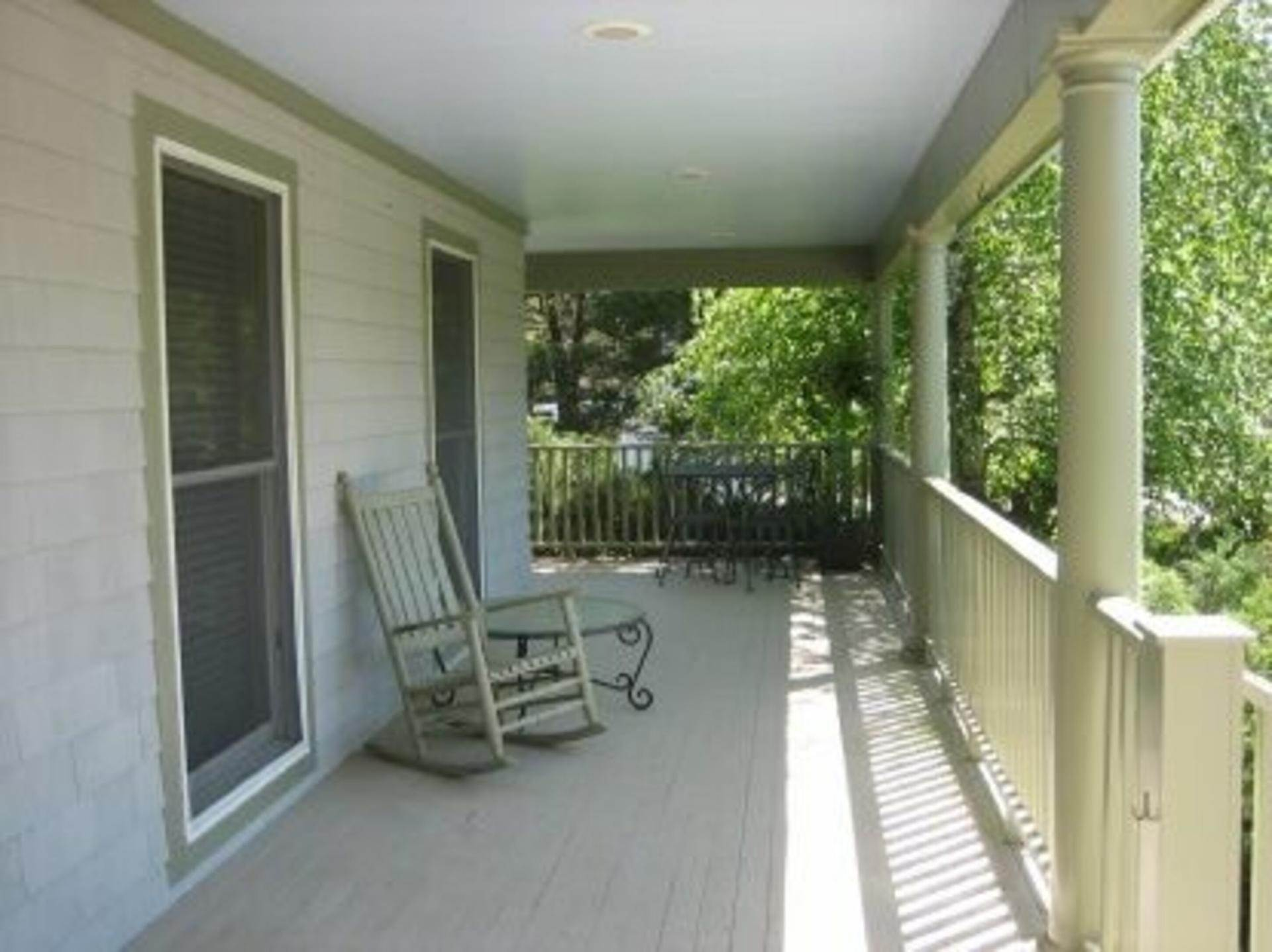 3. Single Family Home at Lovely Traditional With Deep Water Dock & Water Views Sag Harbor, NY 11963