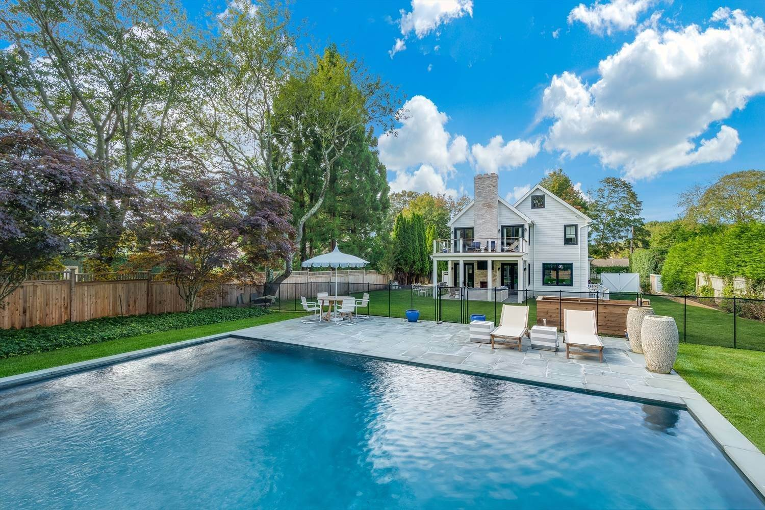 4. Single Family Home at Quintessential Hamptons Summer In Amagansett South 43 Hedges Lane, Amagansett, NY 11930