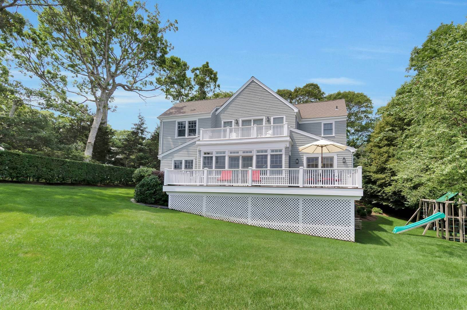 17. Single Family Home at Sparkling Bayfront 4705 Nassau Point Road, Cutchogue, NY 11935