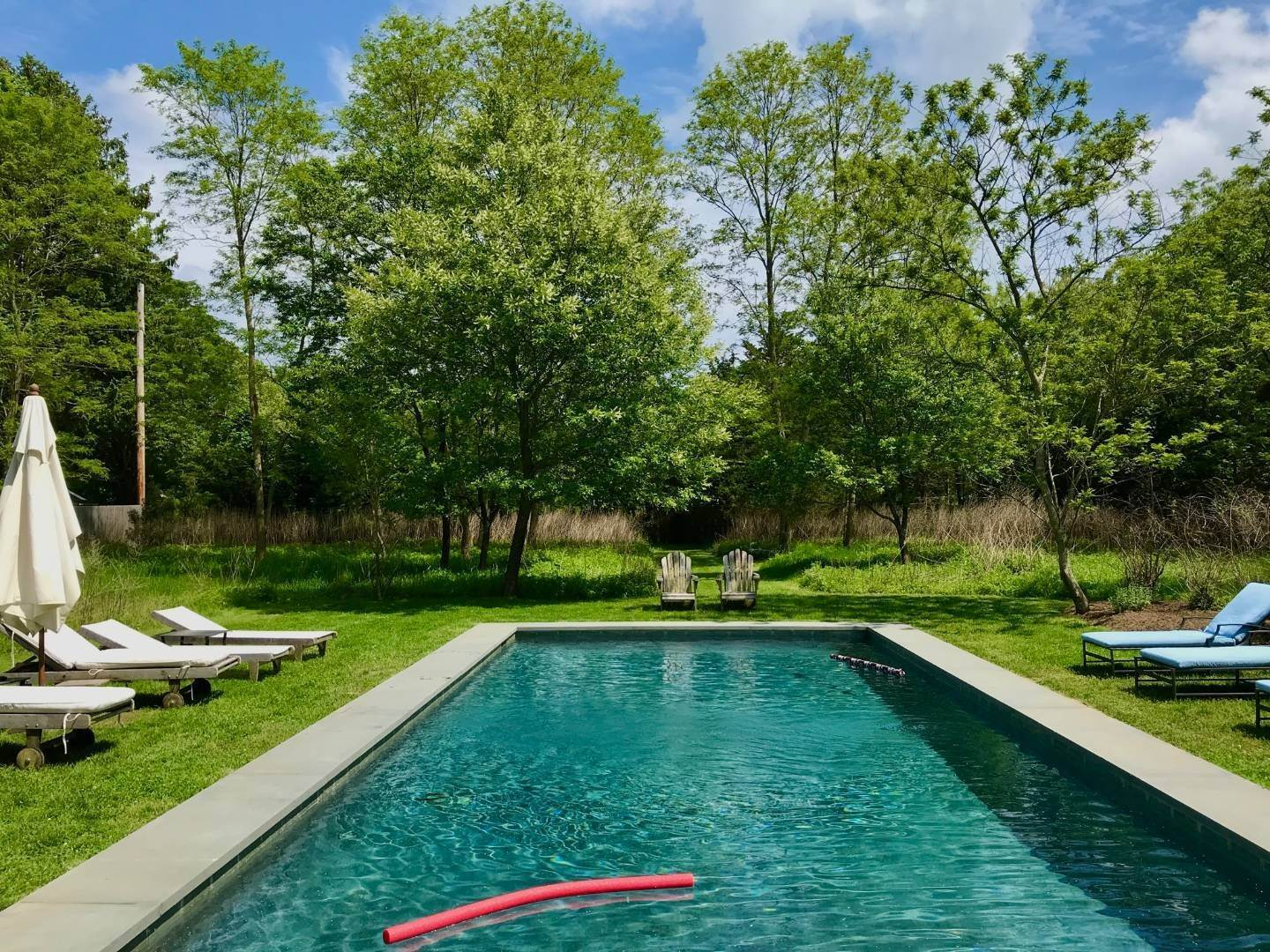 15. Single Family Home at Completely Charming Home East Hampton, NY 11937