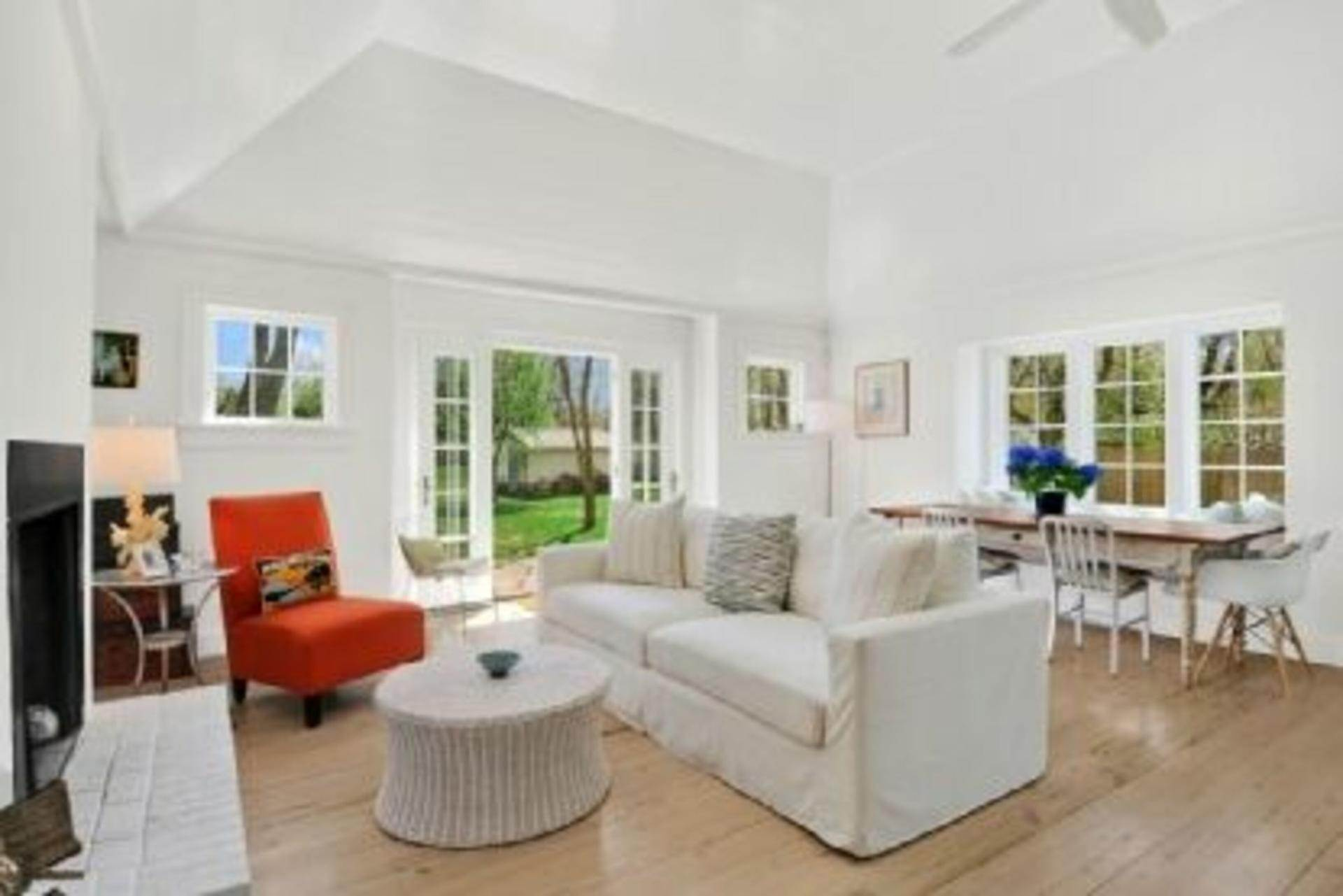 5. Single Family Home at Completely Charming Home East Hampton, NY 11937