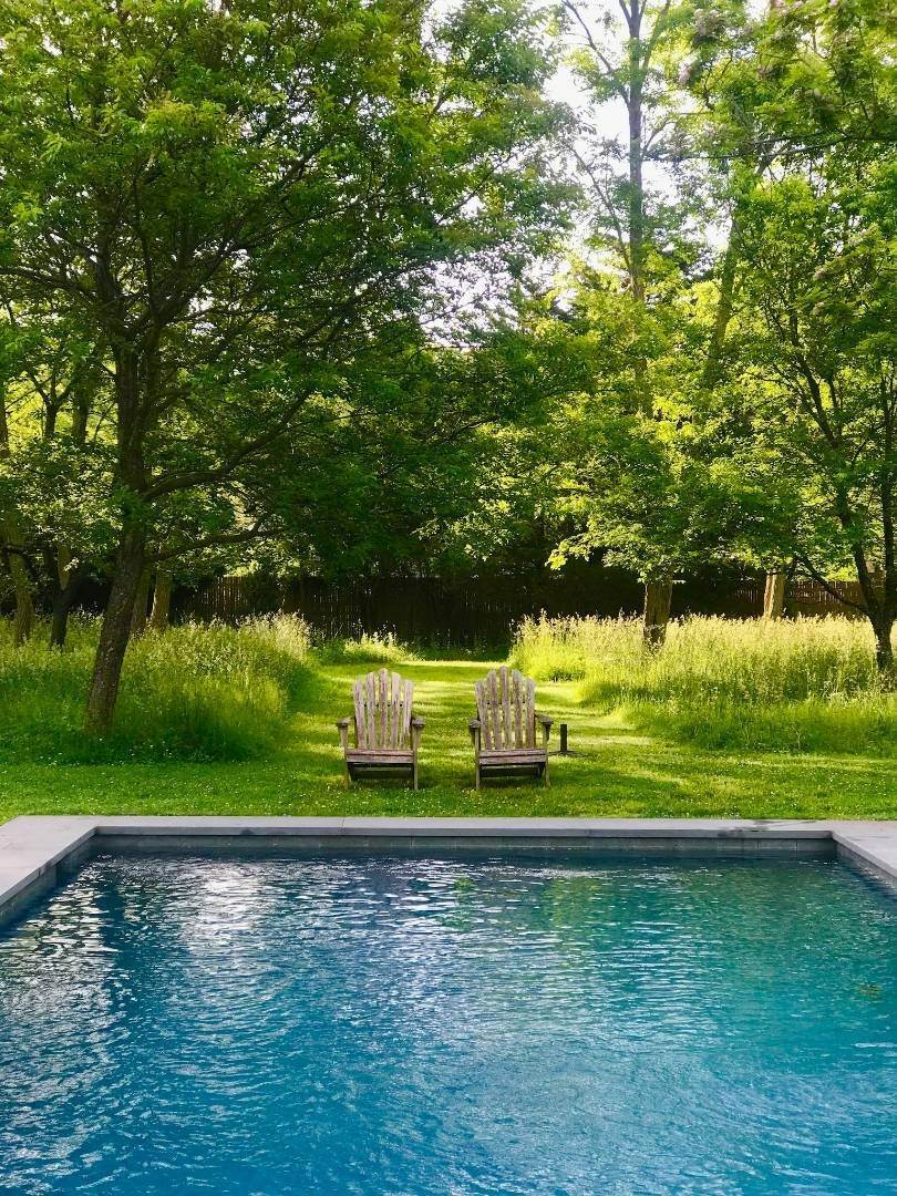 21. Single Family Home at Completely Charming Home East Hampton, NY 11937