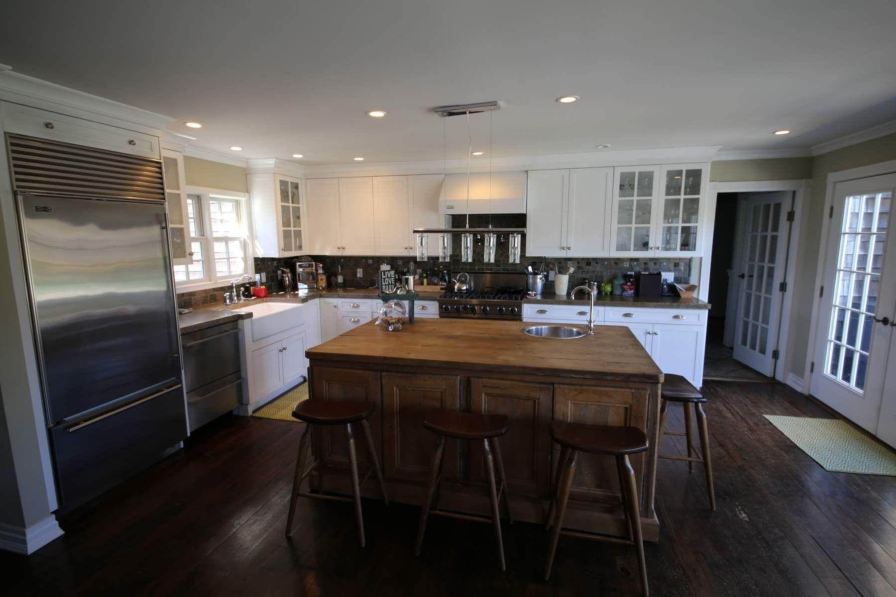 3. Single Family Home at Southampton Village Southampton, NY 11968