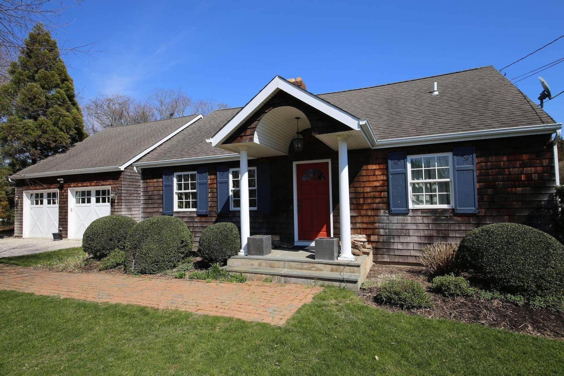 Single Family Home at Southampton Village Southampton, NY 11968