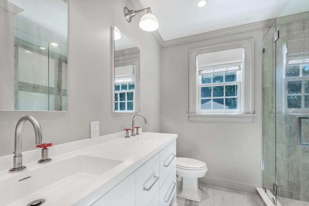 11. Single Family Home at New Designers Own Dunes Beach House With Pool Amagansett, NY 11930