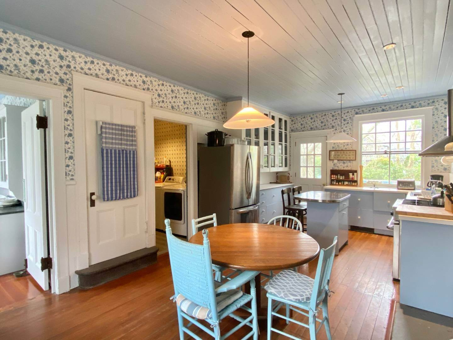 5. Single Family Home at East Hampton South Of The Highway Rental East Hampton, NY 11937
