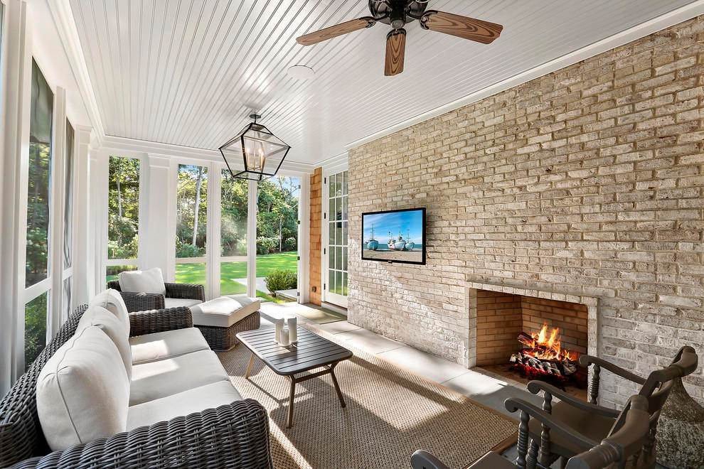 6. Single Family Home at Absolutely Stunning 169 Skimhampton Road, Amagansett, NY 11937
