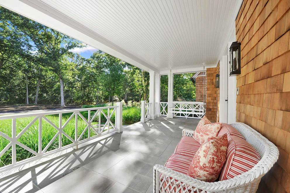 14. Single Family Home at Absolutely Stunning 169 Skimhampton Road, Amagansett, NY 11937