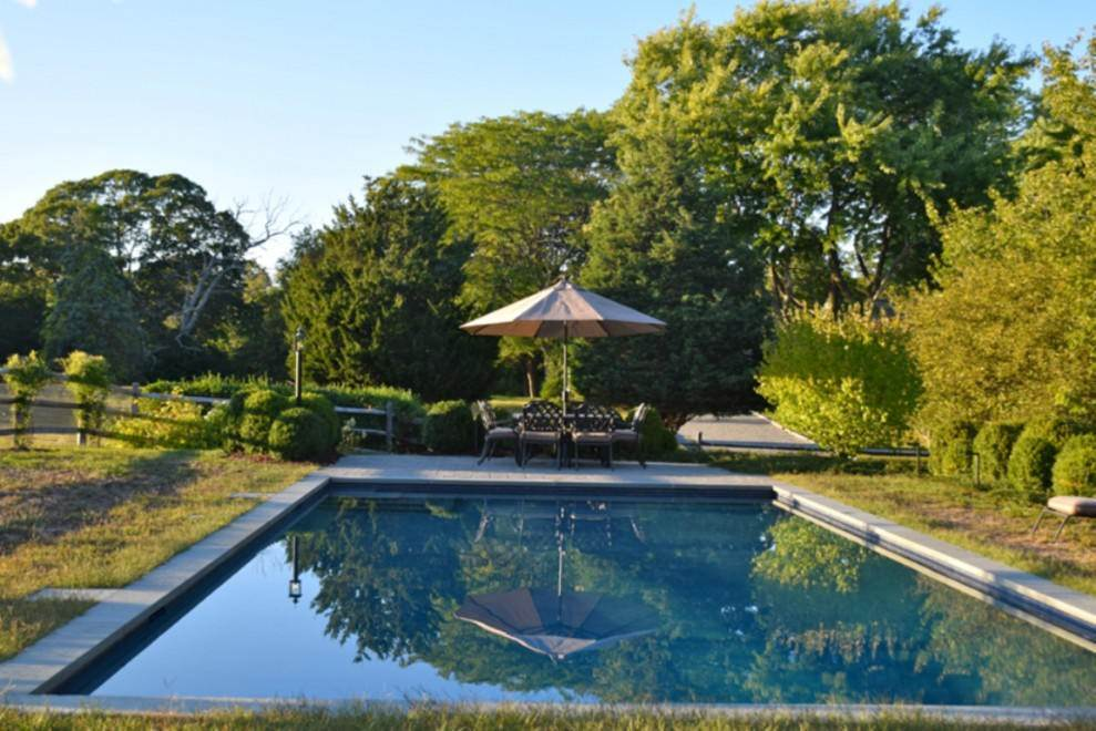 Single Family Home at Shelter Island Home With Pool And Deeded Water Access NY 11964