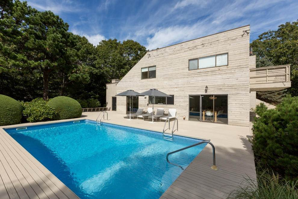 Single Family Home at Upscale Modern In Sag Harbor Sagaponack, NY 11963