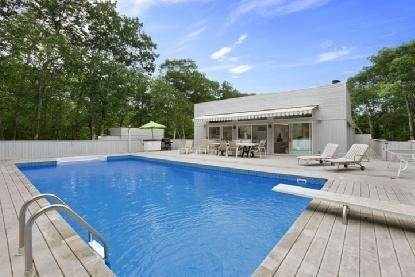 11. Single Family Home at The Perfect Rental East Hampton, NY 11937
