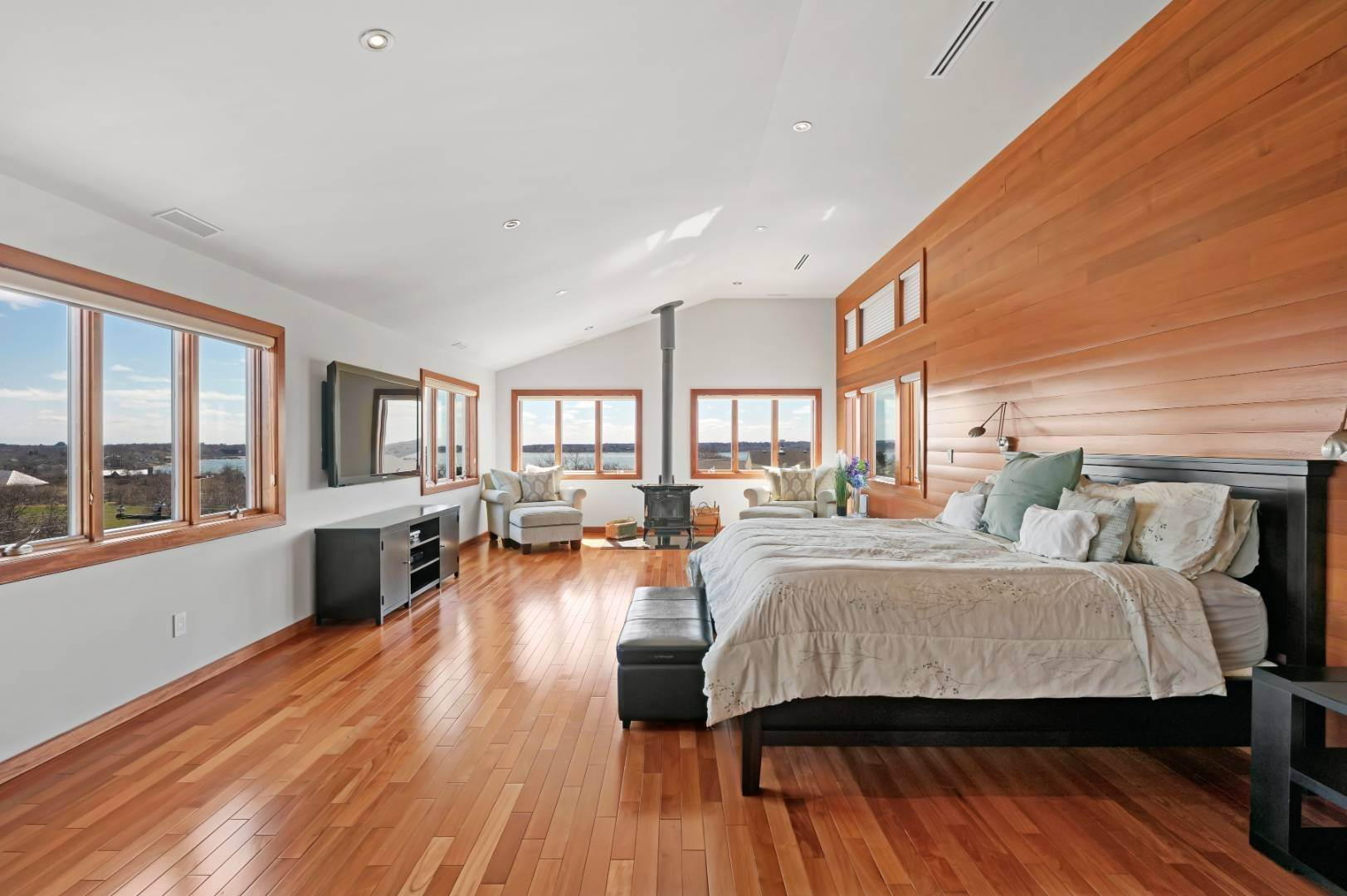 9. Single Family Home at High Atop A Hill With Major Waterviews Montauk, NY 11954