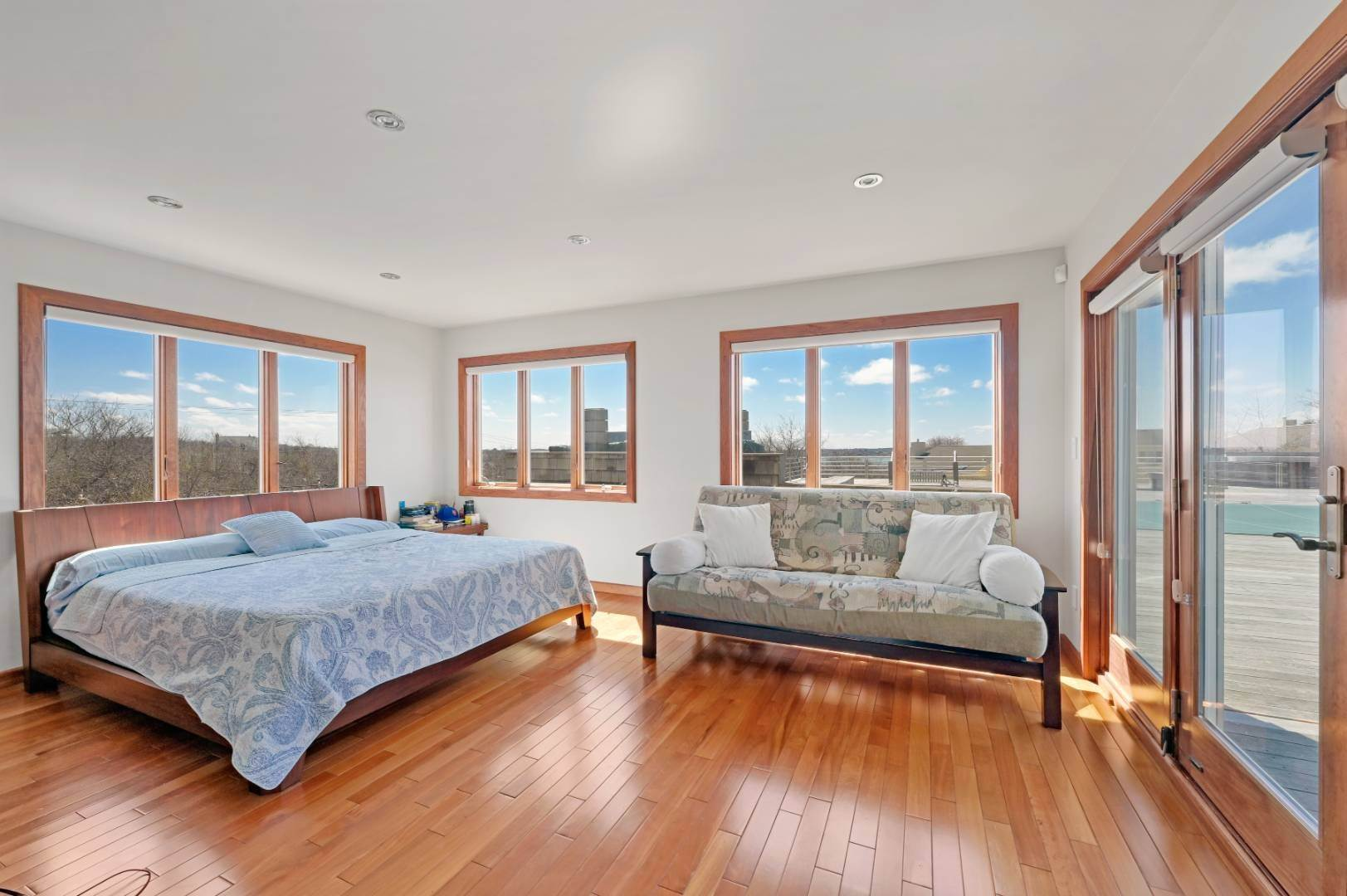 11. Single Family Home at High Atop A Hill With Major Waterviews Montauk, NY 11954