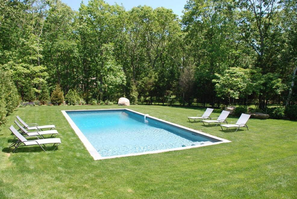 3. Single Family Home at Sag Harbor & Style Sag Harbor, NY 11963