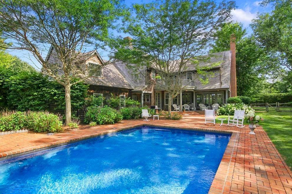 2. Single Family Home at The Ultimate Hamptons Home Bridgehampton, NY 11932