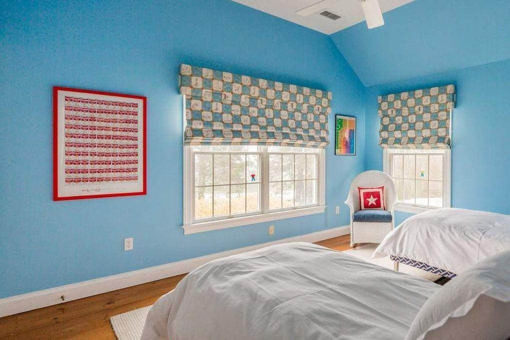11. Single Family Home at Bridgehampton South Bridgehampton, NY 11932