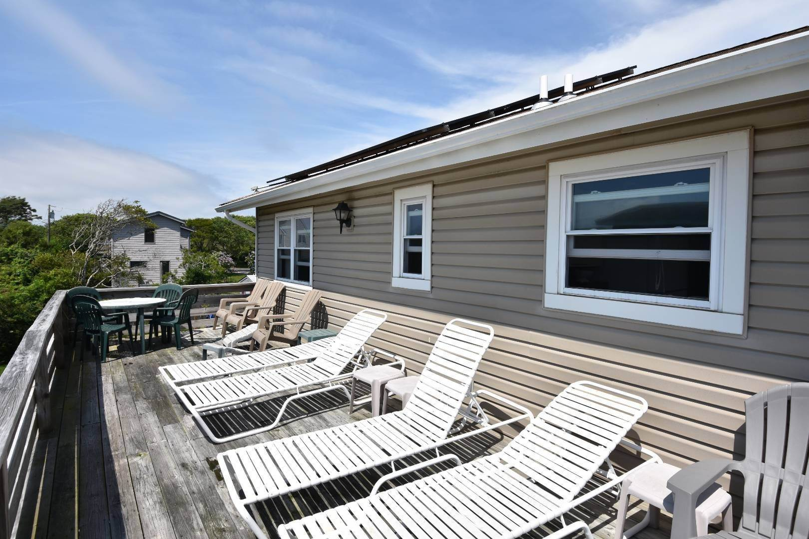 2. Single Family Home at Ditch Plains Lovers Montauk, NY 11954
