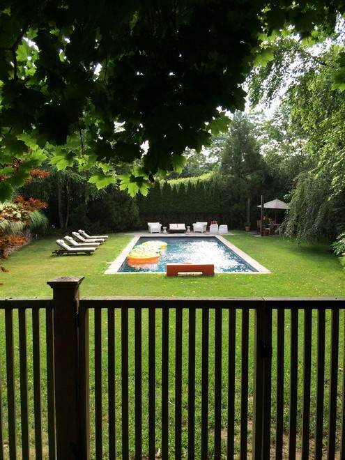 13. Single Family Home at Charming Country Home With Pool NY 11964