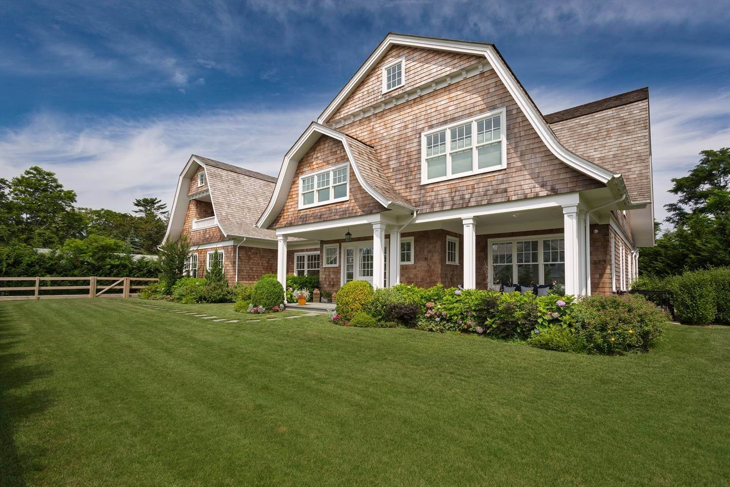 Single Family Home for Sale at Custom Village Home 15 Allen Court, Southampton, NY 11968