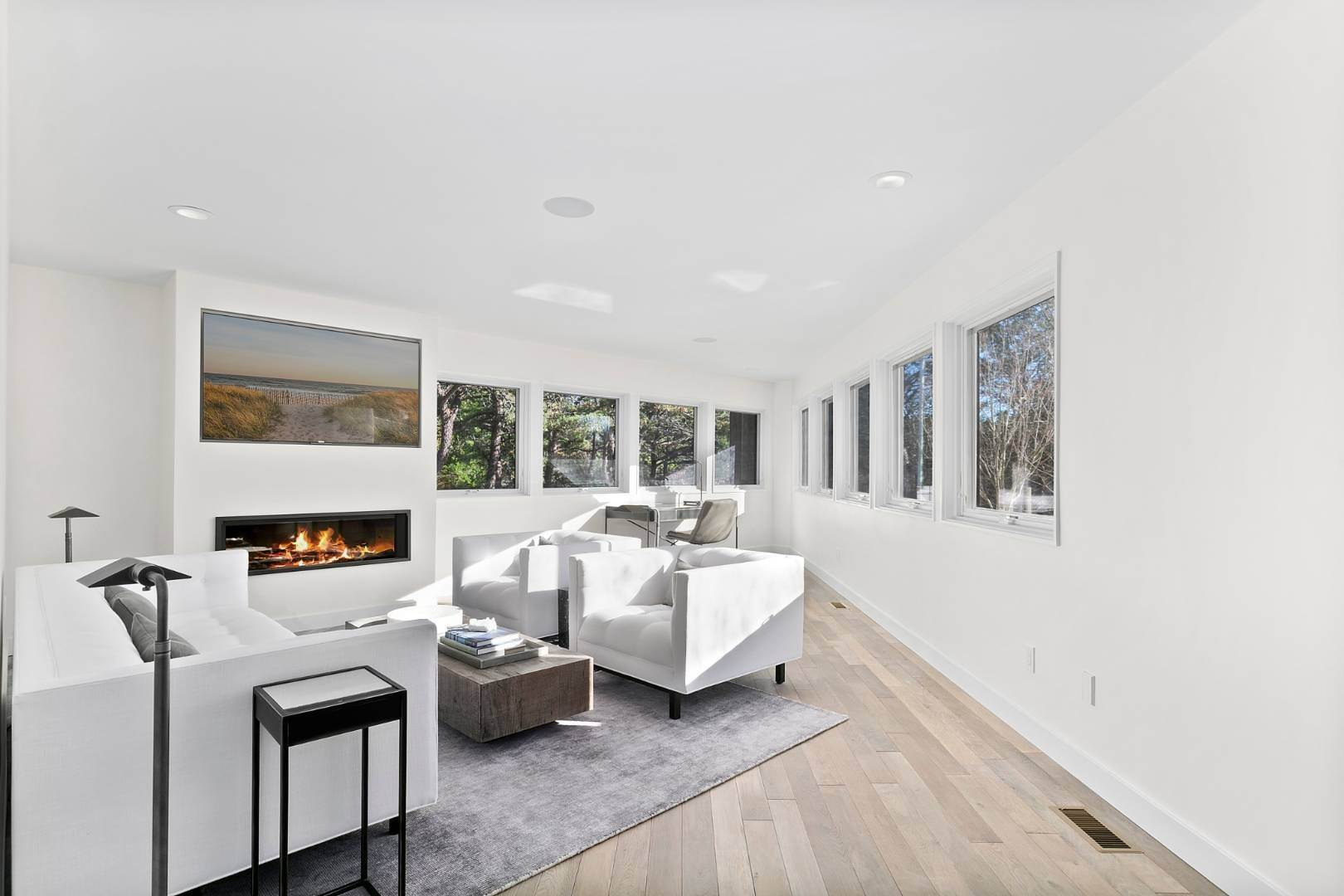 10. Single Family Home for Sale at Amagansett Perfection 14 Shipwreck Drive, Napeague, NY 11930