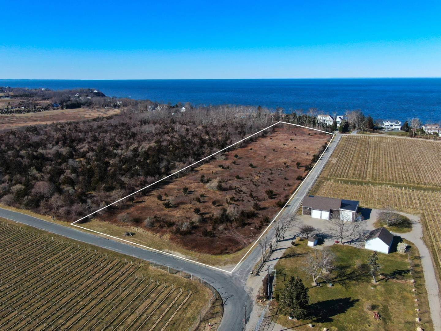 Land for Sale at Channeling Tuscany Vibes 15105 Oregon Road, Cutchogue, NY 11935