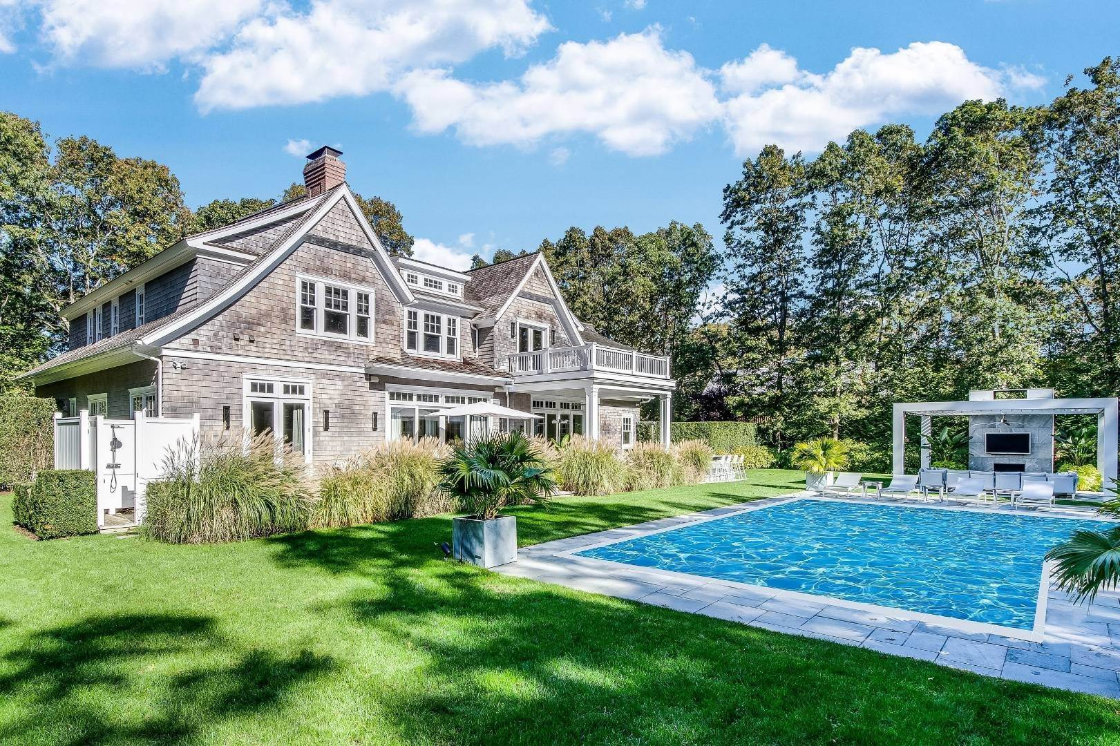 Single Family Home for Sale at Custom Built In Sagaponack 10 East Woods Path, Sagaponack, NY 11962
