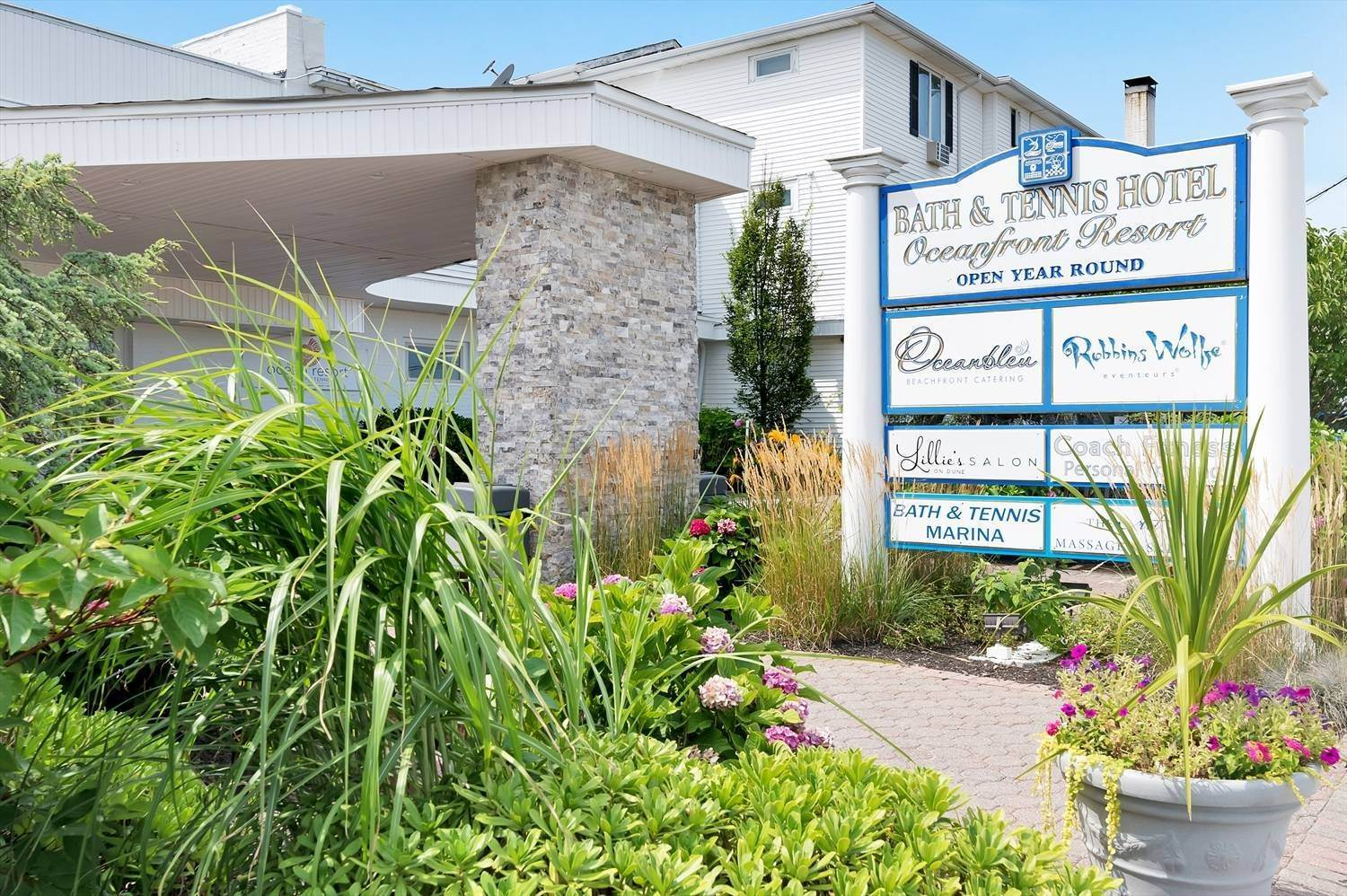 Co-op Properties for Sale at Easy Summer Living ! 231 Dune, 929, Westhampton Beach Village, NY 11978