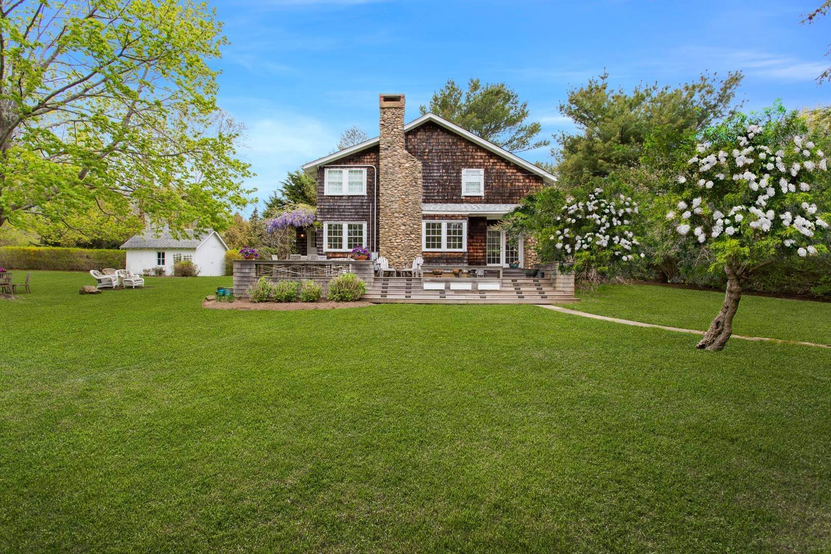 Single Family Home for Sale at Serenity In Southold 3075 Lighthouse Road, Southold, NY 11971