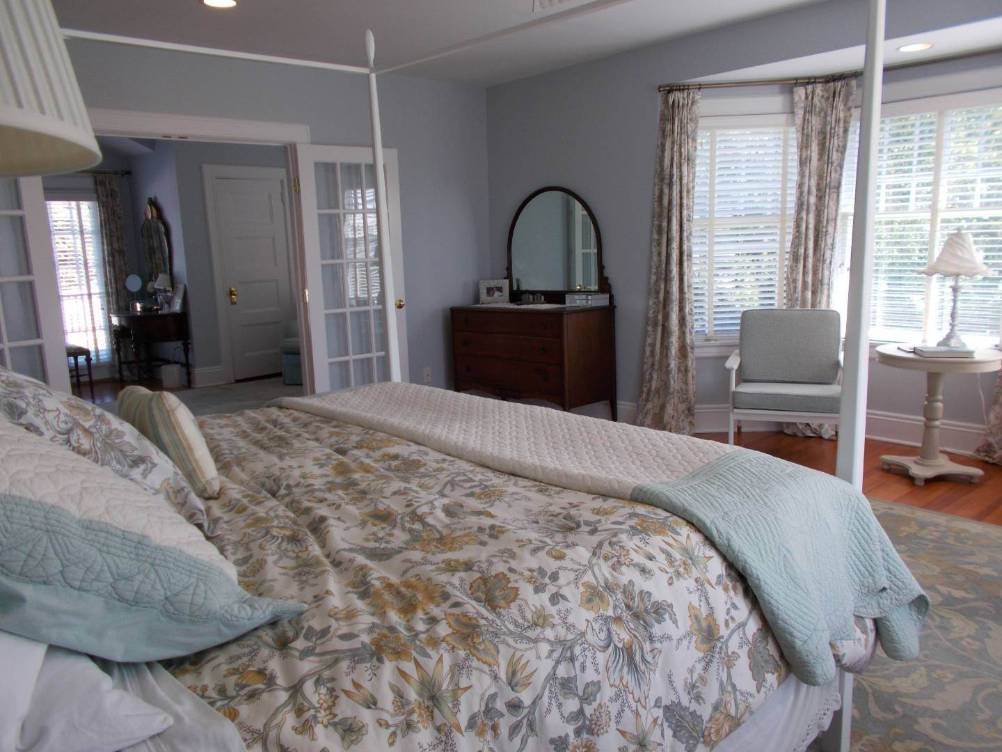 13. Single Family Home at Old World Elegance Updated In East Quogue East Quogue, NY 11942