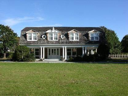 4. Single Family Home at Old World Elegance Updated In East Quogue East Quogue, NY 11942
