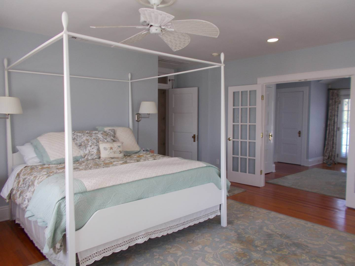 15. Single Family Home at Old World Elegance Updated In East Quogue East Quogue, NY 11942