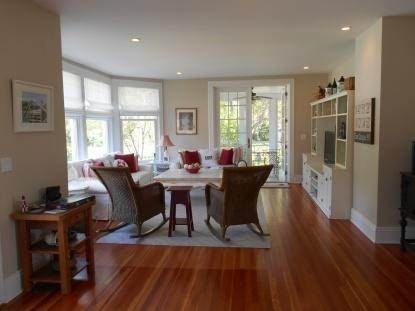 12. Single Family Home at Old World Elegance Updated In East Quogue East Quogue, NY 11942