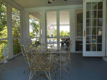 26. Single Family Home at Old World Elegance Updated In East Quogue East Quogue, NY 11942