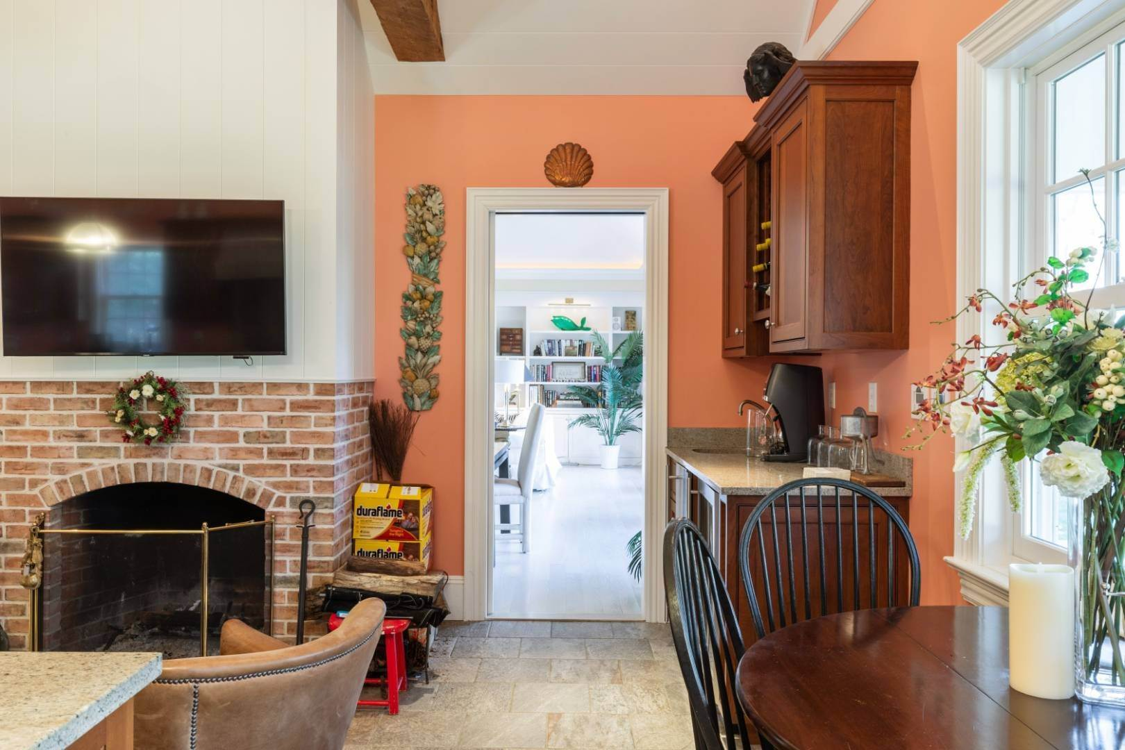 8. Single Family Home at Great Southampton Village Estate Two Blocks To Ocean Southampton, NY 11968