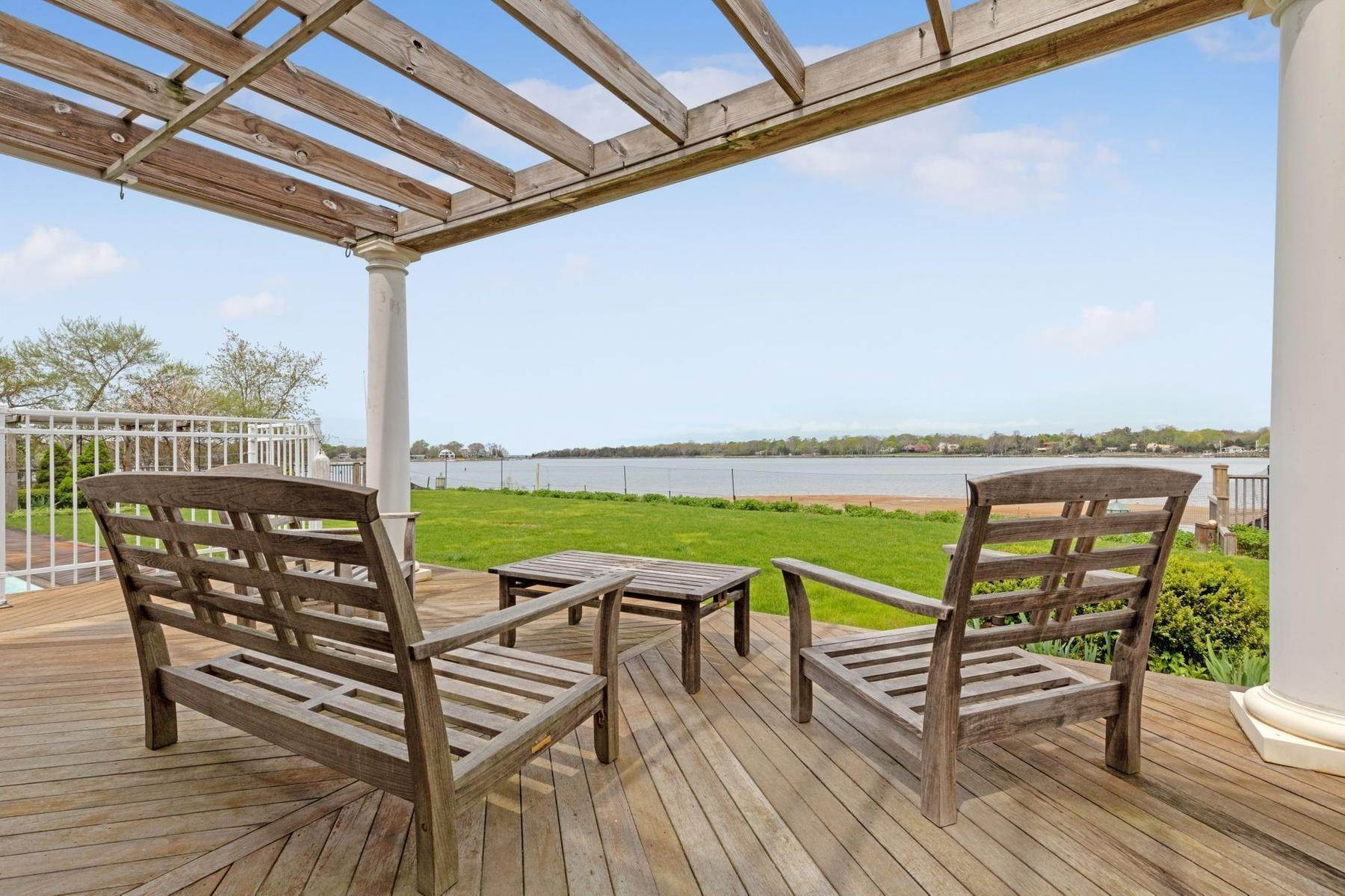 9. Single Family Home at Summer On The Bay In The Village Of Sag Harbor With Pool Sag Harbor, NY 11963