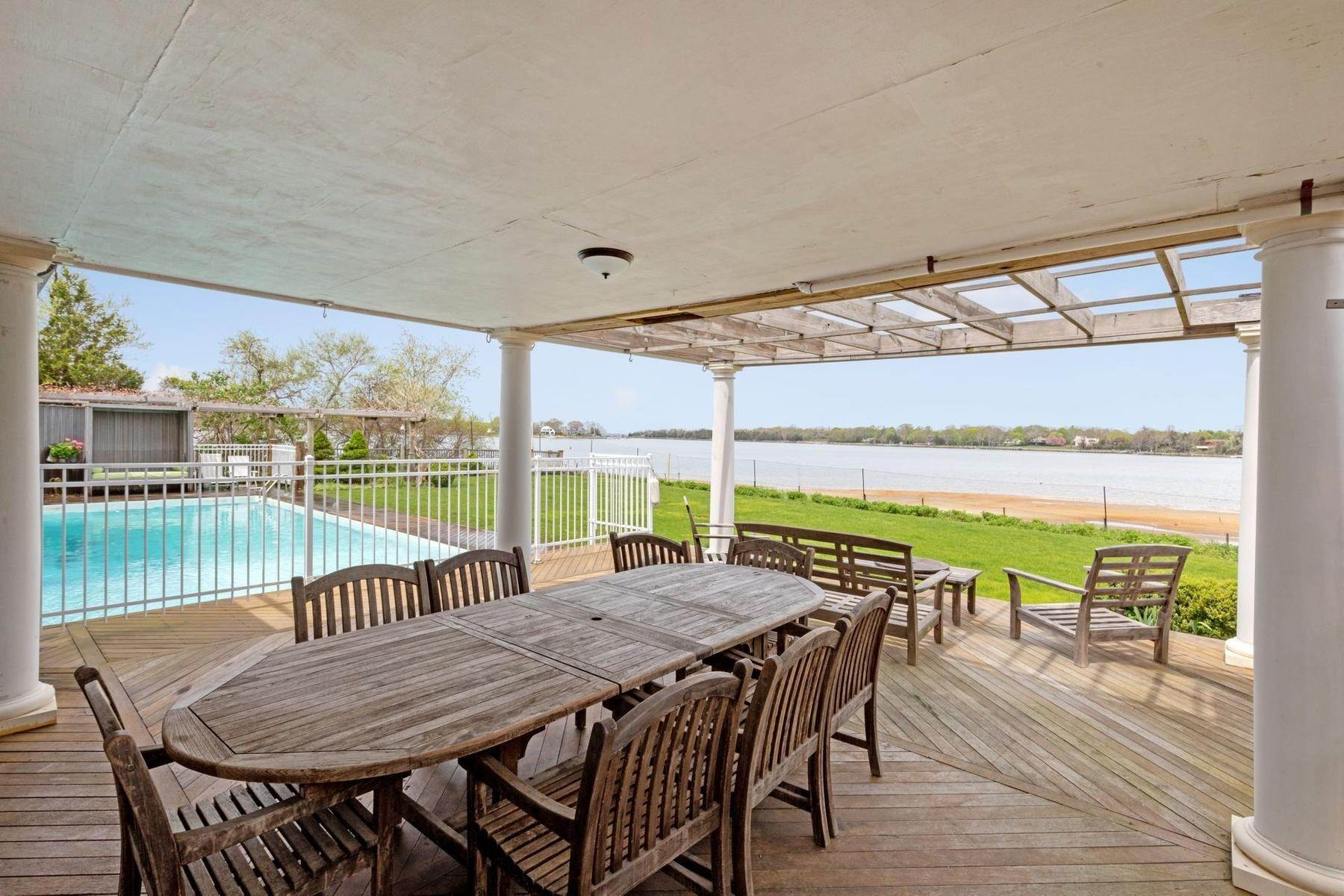 8. Single Family Home at Summer On The Bay In The Village Of Sag Harbor With Pool Sag Harbor, NY 11963