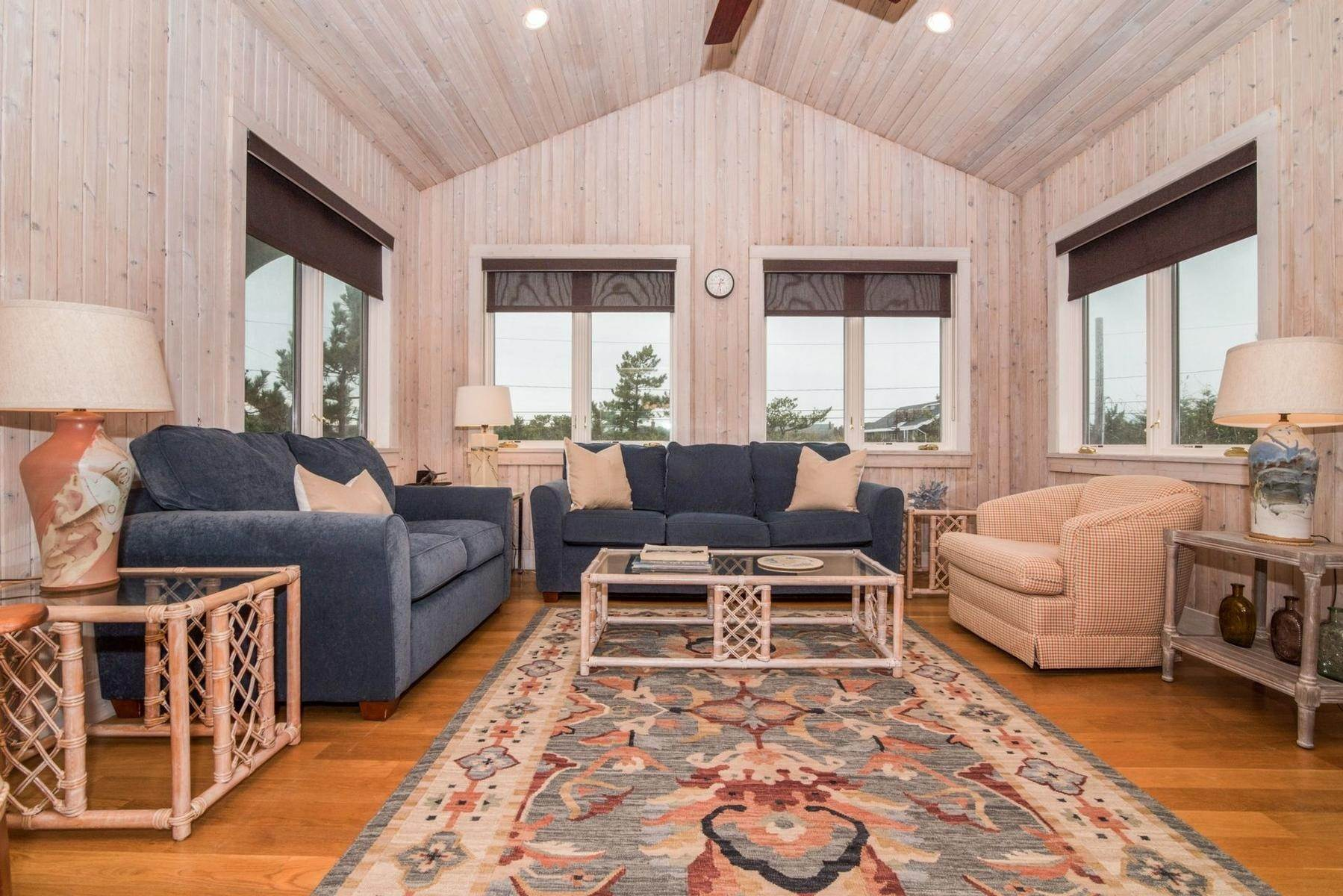 2. Single Family Home at Amagansett Oceanfront Amagansett, NY 11930