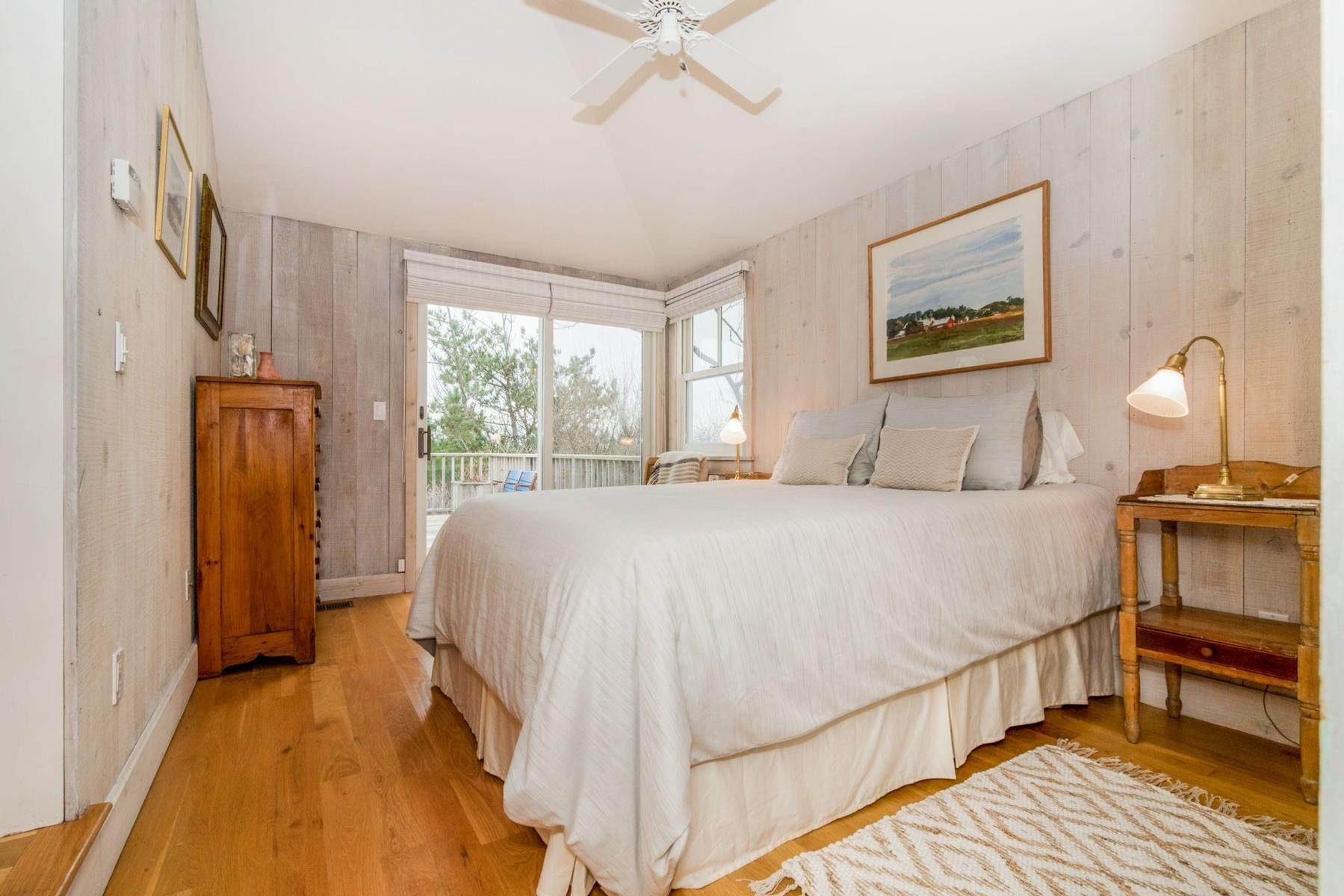 13. Single Family Home at Amagansett Oceanfront Amagansett, NY 11930