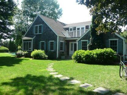4. Single Family Home at Wonderful Wainscott Wainscott, NY 11975
