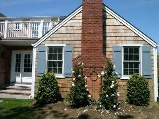 17. Single Family Home at Wonderful Wainscott Wainscott, NY 11975