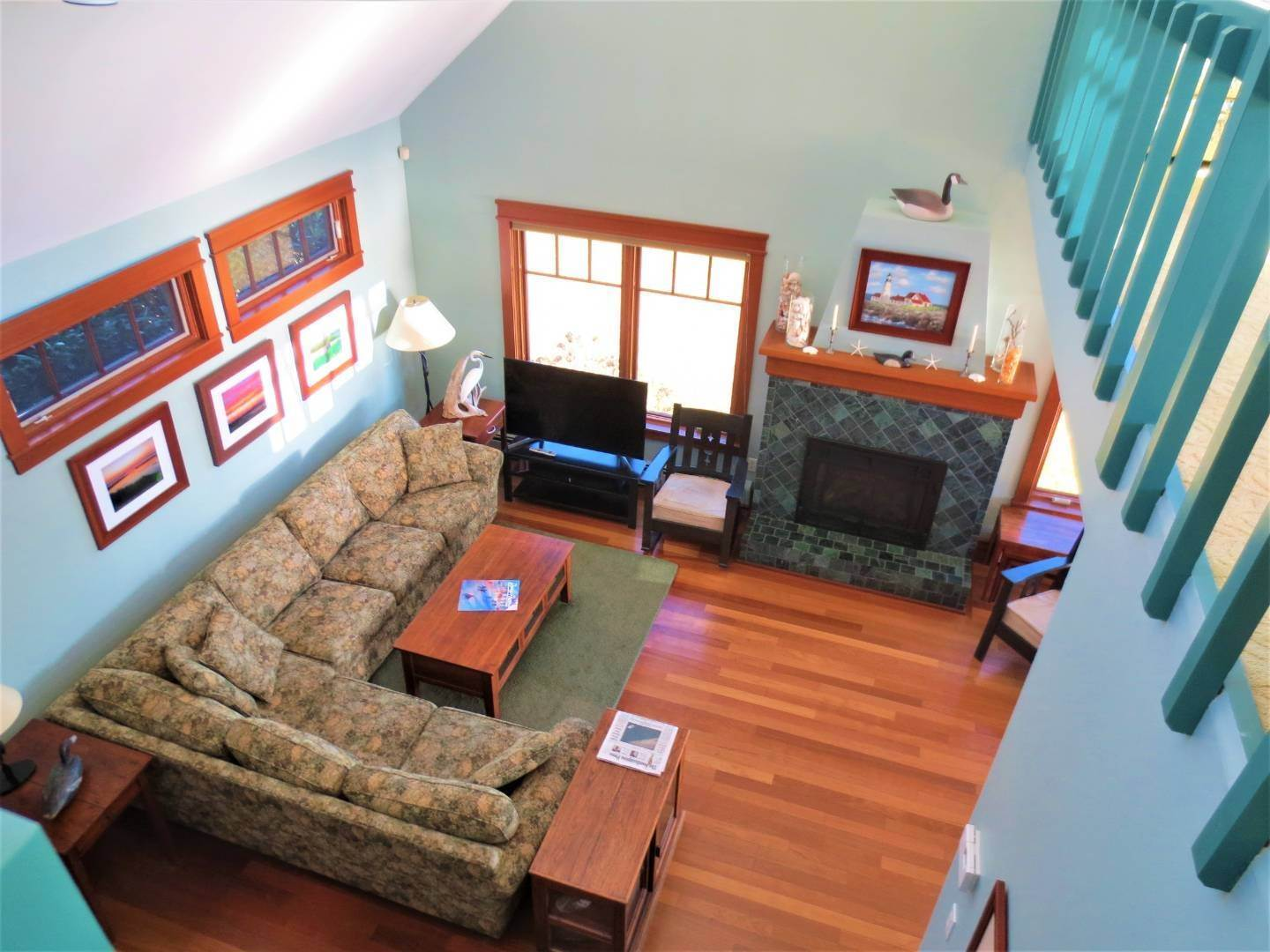 7. Single Family Home at Beautiful Shinnecock Bayfront Home For Summer Rental Hampton Bays, NY 11946
