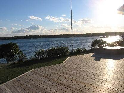 2. Single Family Home at Beautiful Shinnecock Bayfront Home For Summer Rental Hampton Bays, NY 11946