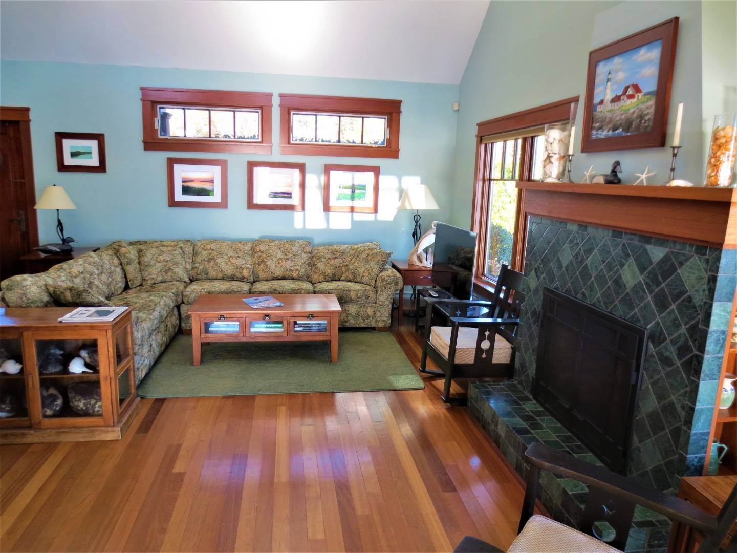 6. Single Family Home at Beautiful Shinnecock Bayfront Home For Summer Rental Hampton Bays, NY 11946